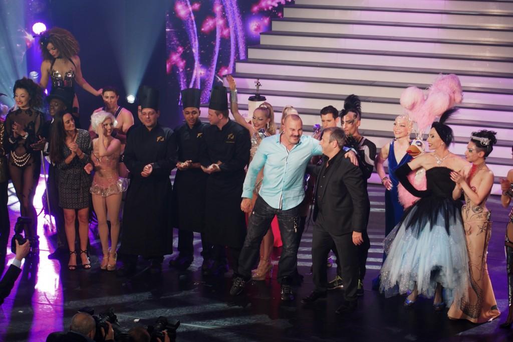MUGLER FOLLIES 100ème centième Le Comédia Spectacle Manfred Thierry Mugler cabaret live paris show girls numéro glamour mode création