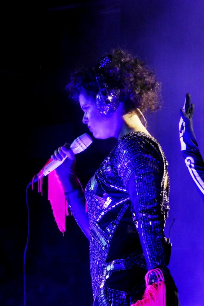 Regine Chassagne singer Arcade Fire live concert Reflektor Tour 2014 music Le Zenith photo by United States of Paris Blog