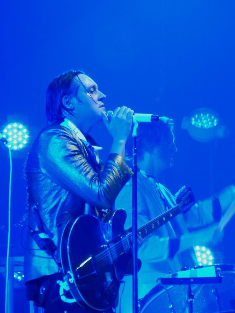 Win Butler singer Arcade Fire band Reflektor Tour 2014 new album live concert music Le Zénith photo Blog United States of Paris