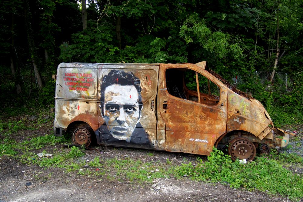 Joe-Stummer-The-Clash-band-by-Jef-Aérosol-street-art-graffiti-In-Situ-Art-Festival-Fort-Aubervilliers-photo-United-States-of-Paris-blog