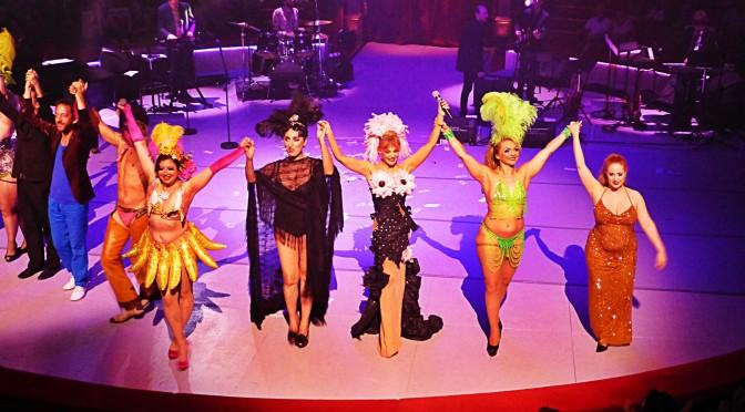 Retour tonitruant du Cabaret New Burlesque avec Arielle Dombasle – Rossy de Palma – Pony Hoax au Cirque d'Hiver