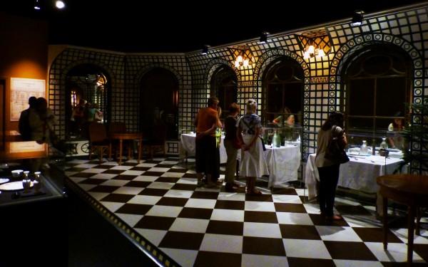 Café Installation 1ère classe Première  RMS Titanic exposition Porte de Versailles 15 avril 1912 naufrage film