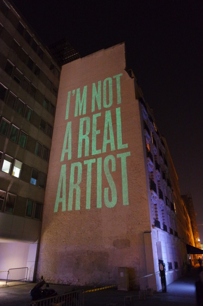 Im-not-a-real-artist-by-Spy-street-art-spain-mur-Rue-du-Chevaleret-Nuit-Blanche-2014-Paris-United-States-of-Paris-blog