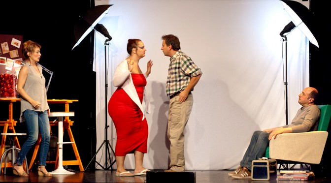 Comédie au Théâtre la Boussole : un ROMAN PHOTO à vivre de l'intérieur