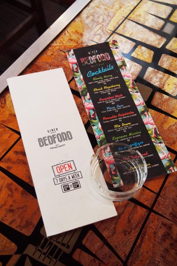 Diner Bedford Marais Paris Bacon cheese burger retro cocktail années 80 80s homemade fait maison carte