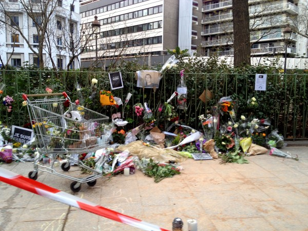 Je suis Charlie JesuisCharlie Boulevard Richard Lenoir Paris Jesuisahmed