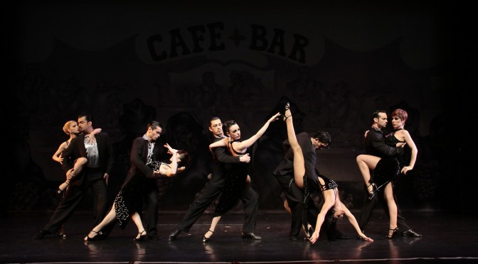 "Le Théâtre Bobinovibre pour Sinfonia de Tango ""Pasion"""