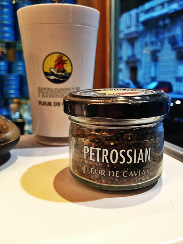 Maison Petrossian boutique restaurant paris 17ème boulevard courcelles caviar dégustation gastronomie maxime fleur de caviar tradition photo By blog United States of Paris