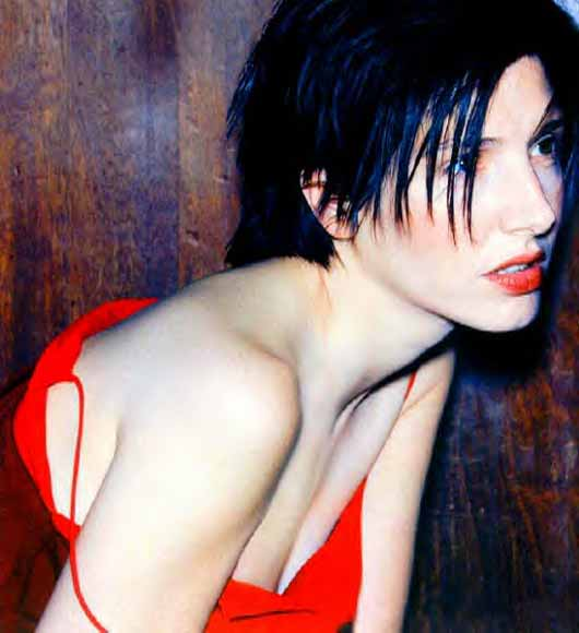 Sharleen Spiteri Texas singer photo by Ellen Von Unwerth fashion red dress sexy