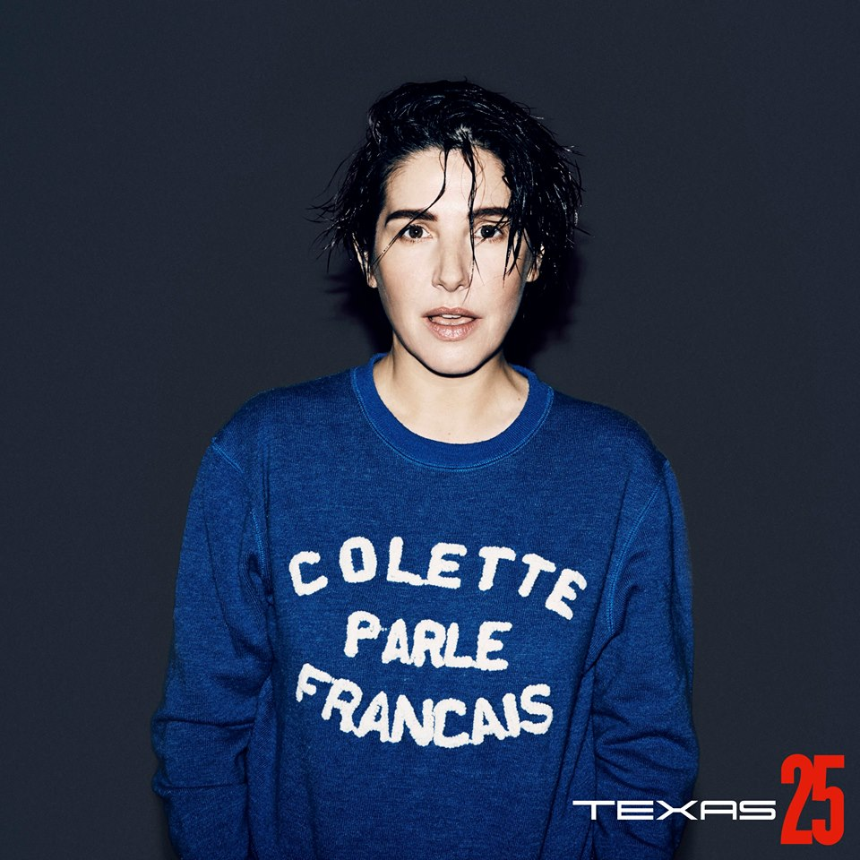Sharleen Spiteri singer band blue sweat shirt bleu Colette parle Français Paris CD promo Start A Family Texas 25 new album photo by Julian Broad