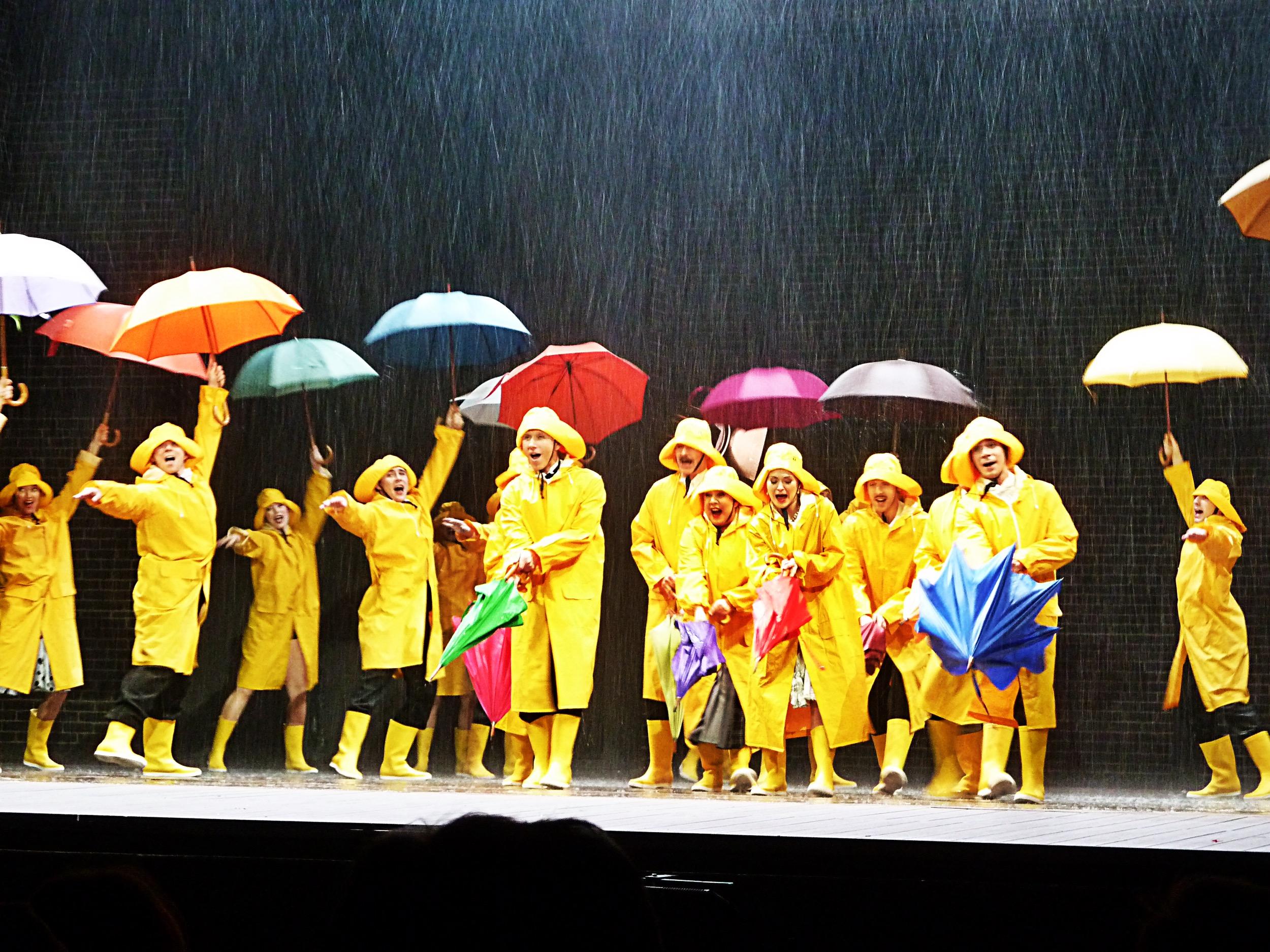 Grand Foyer Theatre Du Chatelet : Singin in the rain au grand palais étourdissant