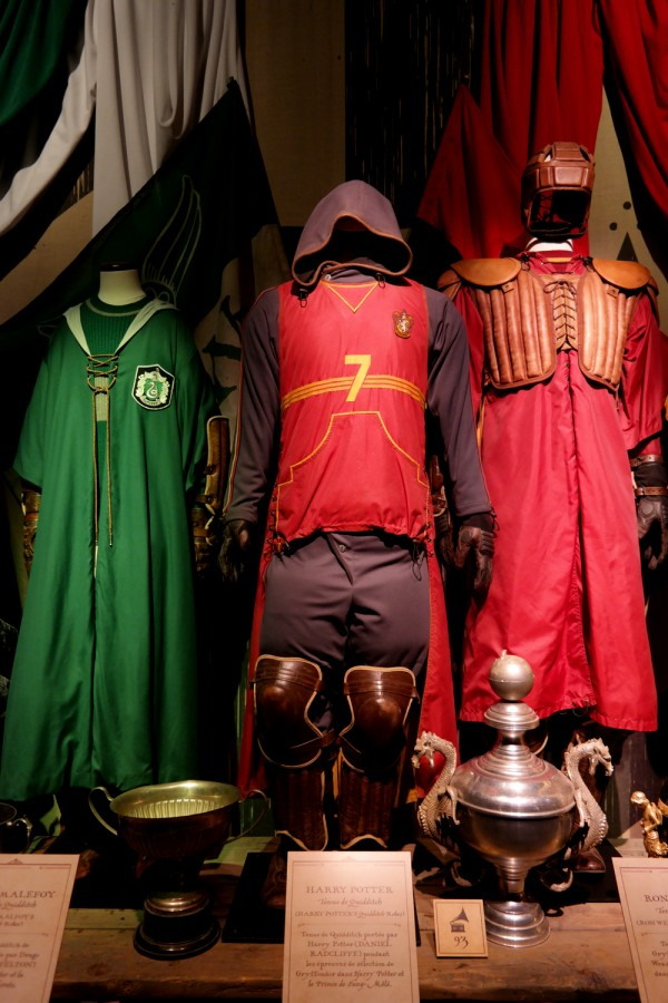 Harry Potter expo exposition paris cité du cinéma costume quidditch avis critique Photo by United States of Paris