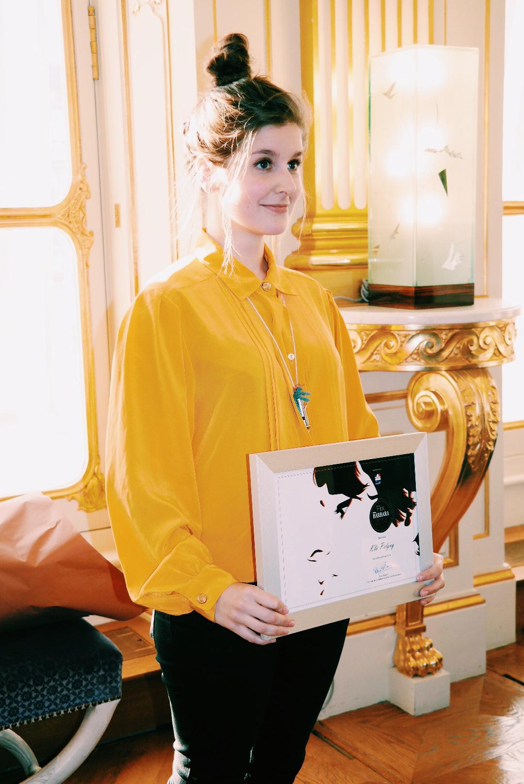 Klo-Pelgag-remise-du-Prix-Barbara-2015-par-la-Ministre-de-la-Culture-Fleur-Pellerin-Ministère-photo-by-United-States-of-Paris-blog