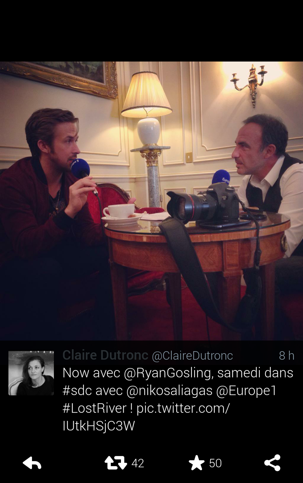 Ryan Gosling interview Nikos Aliagas pour Europe 1 radio Lost River movie premier film promo paris photo twitter by Claire Dutronc
