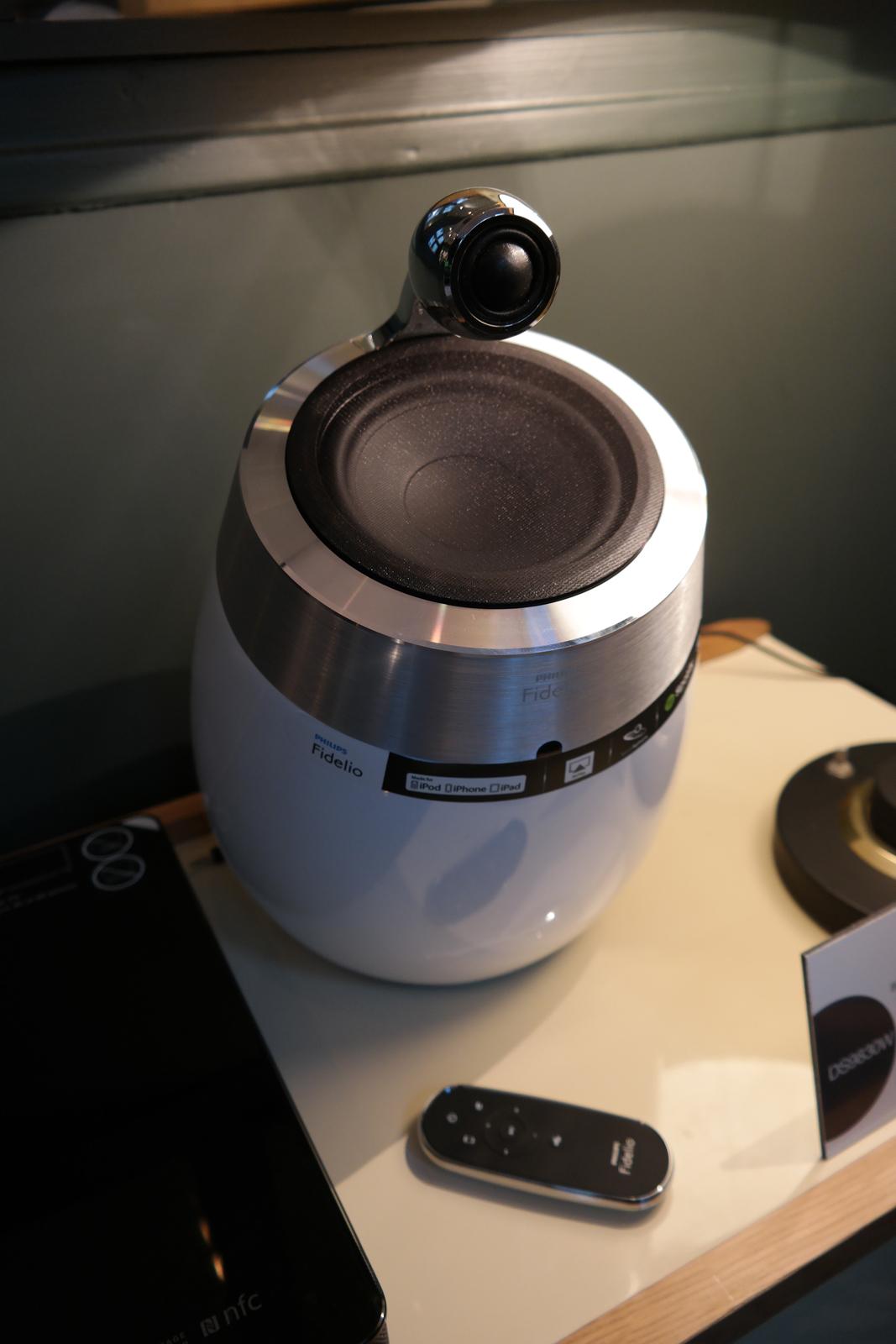 Enceinte Philips Fidelio SoundSphere