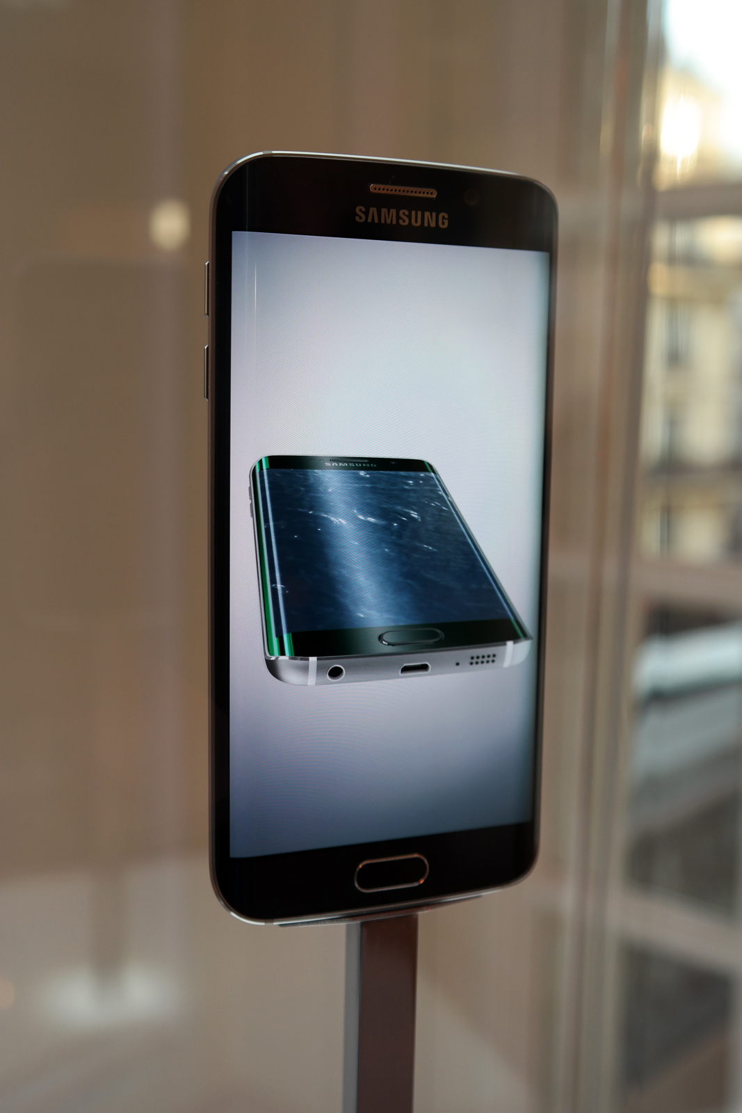 Ecran-Galaxy-S6-Samsung-smartphone-portable-opé-bloggers-événement-16-mégapixels-photo-by-united-states-of-paris-blog