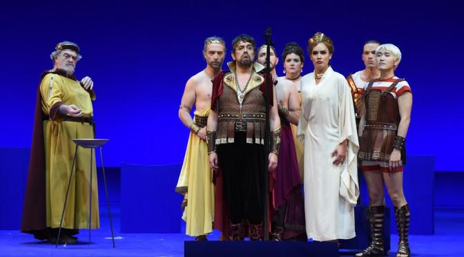 Théâtre du Châtelet : La Belle Hélène espiègle et divine