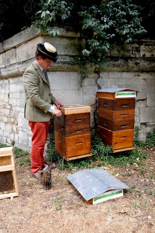 Miel de Paris Audric de Campeau honey hôtel des invalides fabrication honey abeilles ruches gastronomie bio diversité goût Photo by Blog United States of Paris
