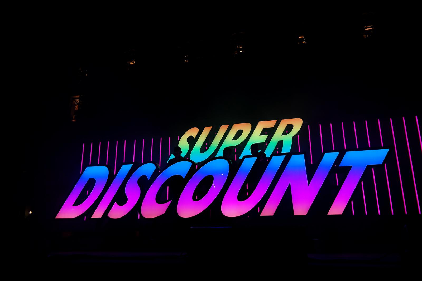 Etienne-de-Crécy-Super-Discount-3-live-fnaclive-concert-dj-set-festival-album-musique-rainbow-stage-photo-scène-by-united-states-of-paris-blog