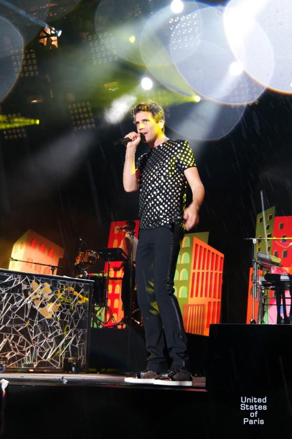 Mika-concert-fnalive-2015-festival-live-music-lollipop-tournée-no-place-in-heaven-tour-singer-chanteur-stage-photo-scène-by-united-states-of-paris-blog