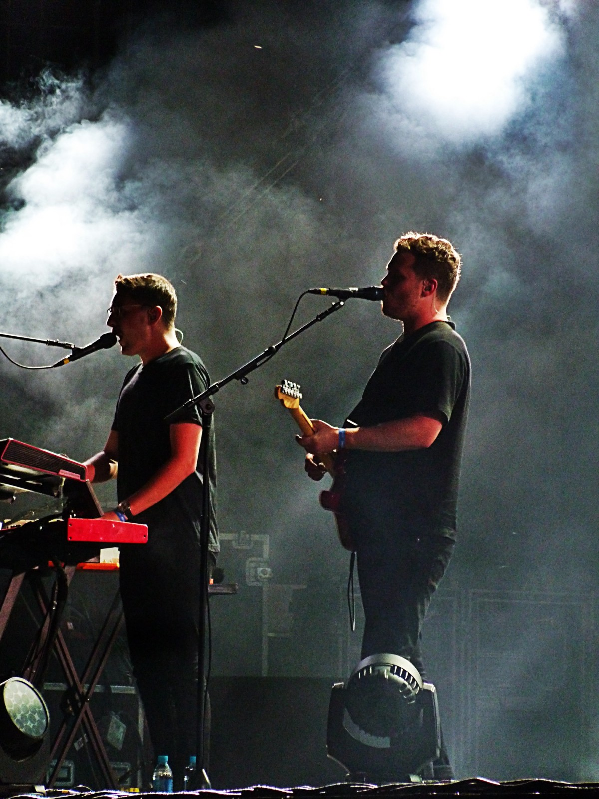 Alt-j music band live Rock en Seine 2015 festival france concert Joe Newman Gus Unger-Hamilton stage photo by united states of paris blog