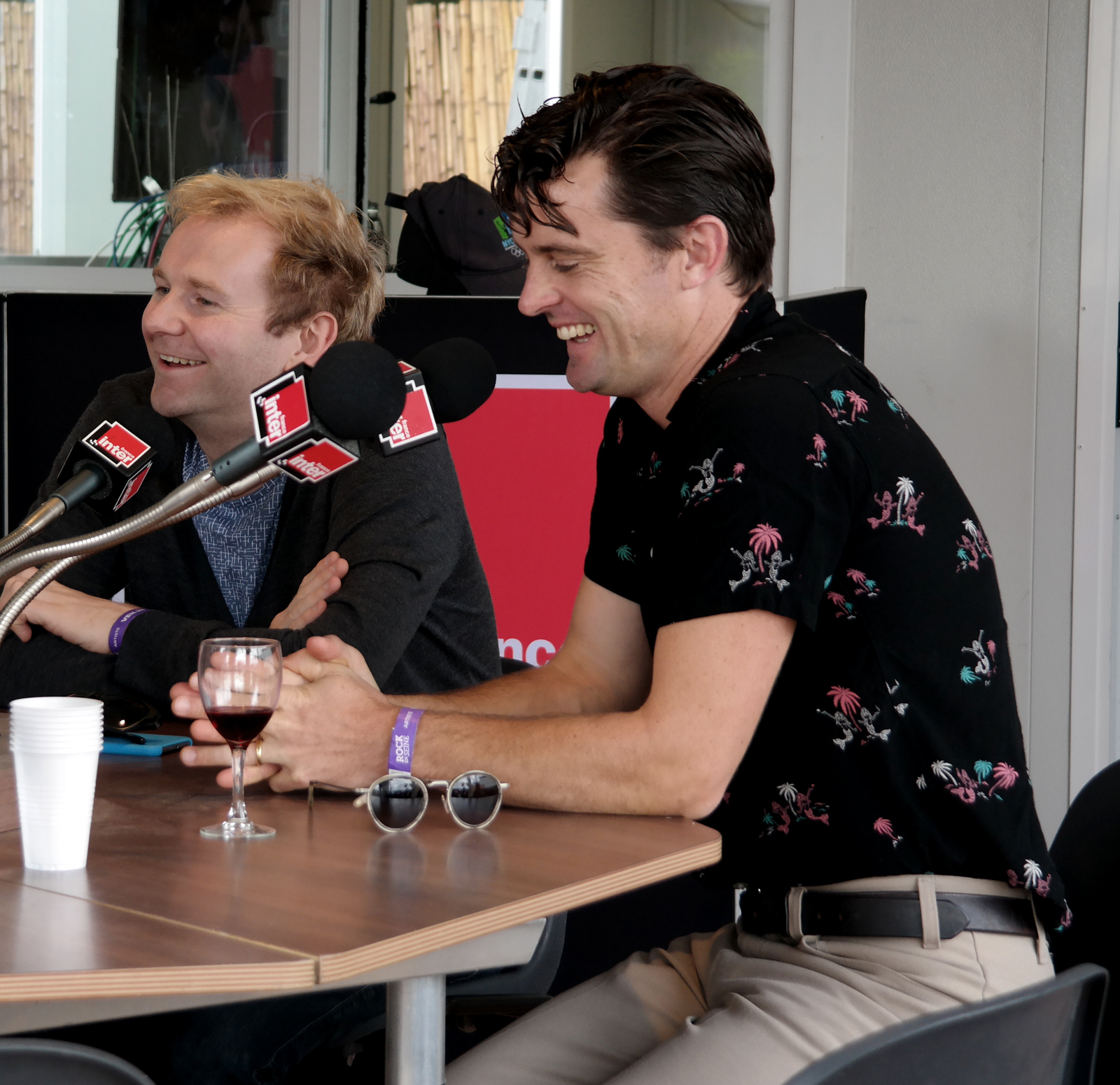 Bob Hardy and Nick McCarthy smile from Franz Ferdinand music band interview Rock en Seine 2015 festival concert live photo by united states of paris blog