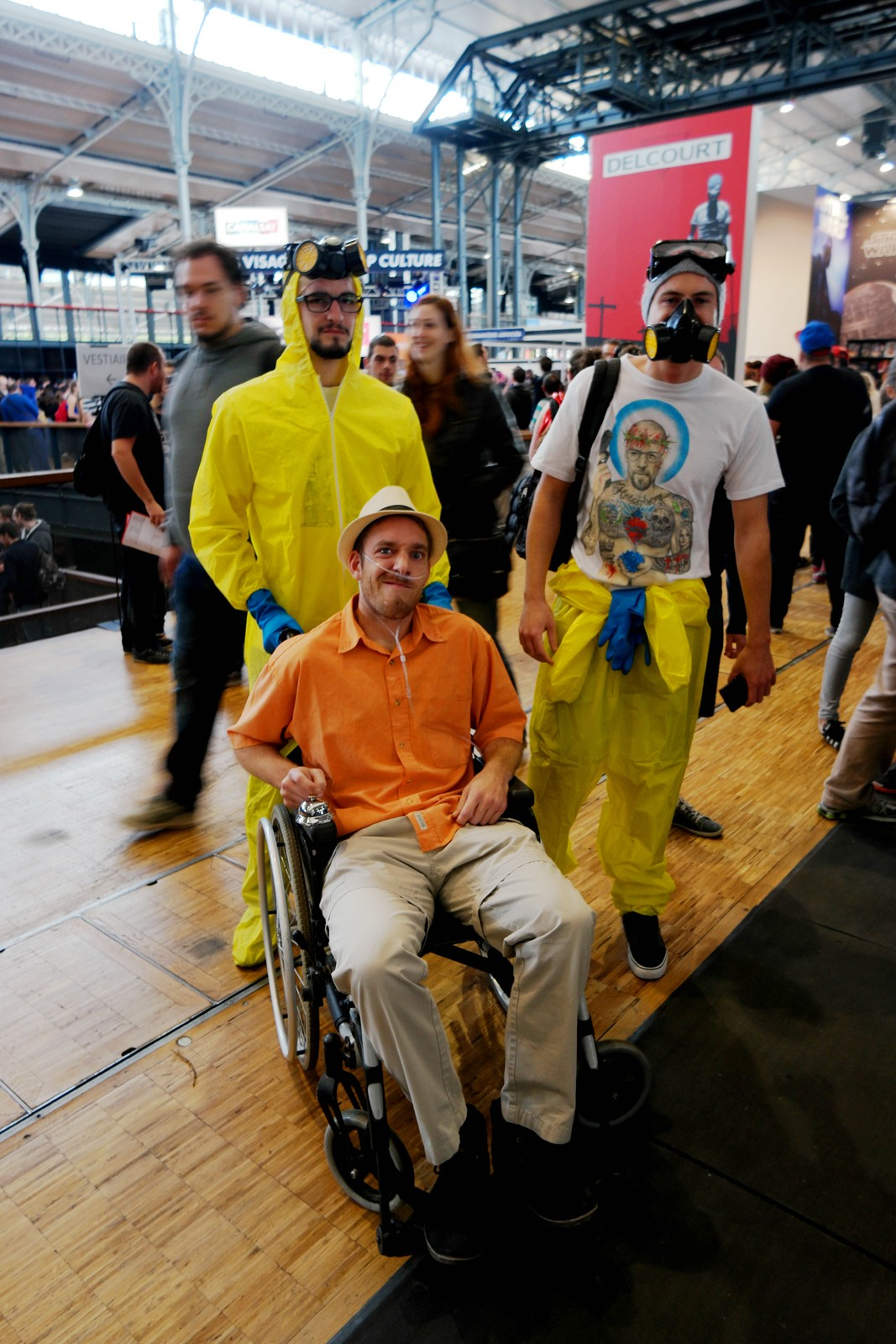 Breaking-Bad-funny-team-Comic-Con-Paris-cosplay-festival-2015-Grande-Halle-de-la-Villette-photo-united-states-of-paris-blog