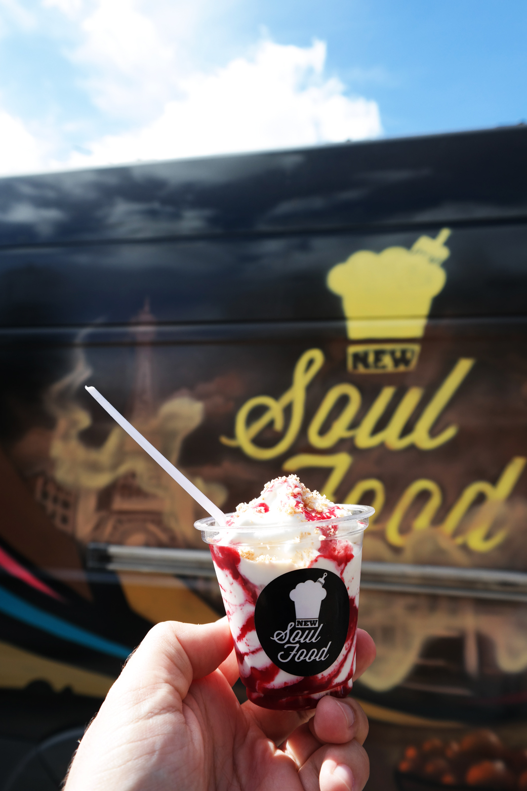 New Soul Food truck by Rudy Laine glace artisanale coco vervaine et coulis exotique en dessert photo united states of paris blog