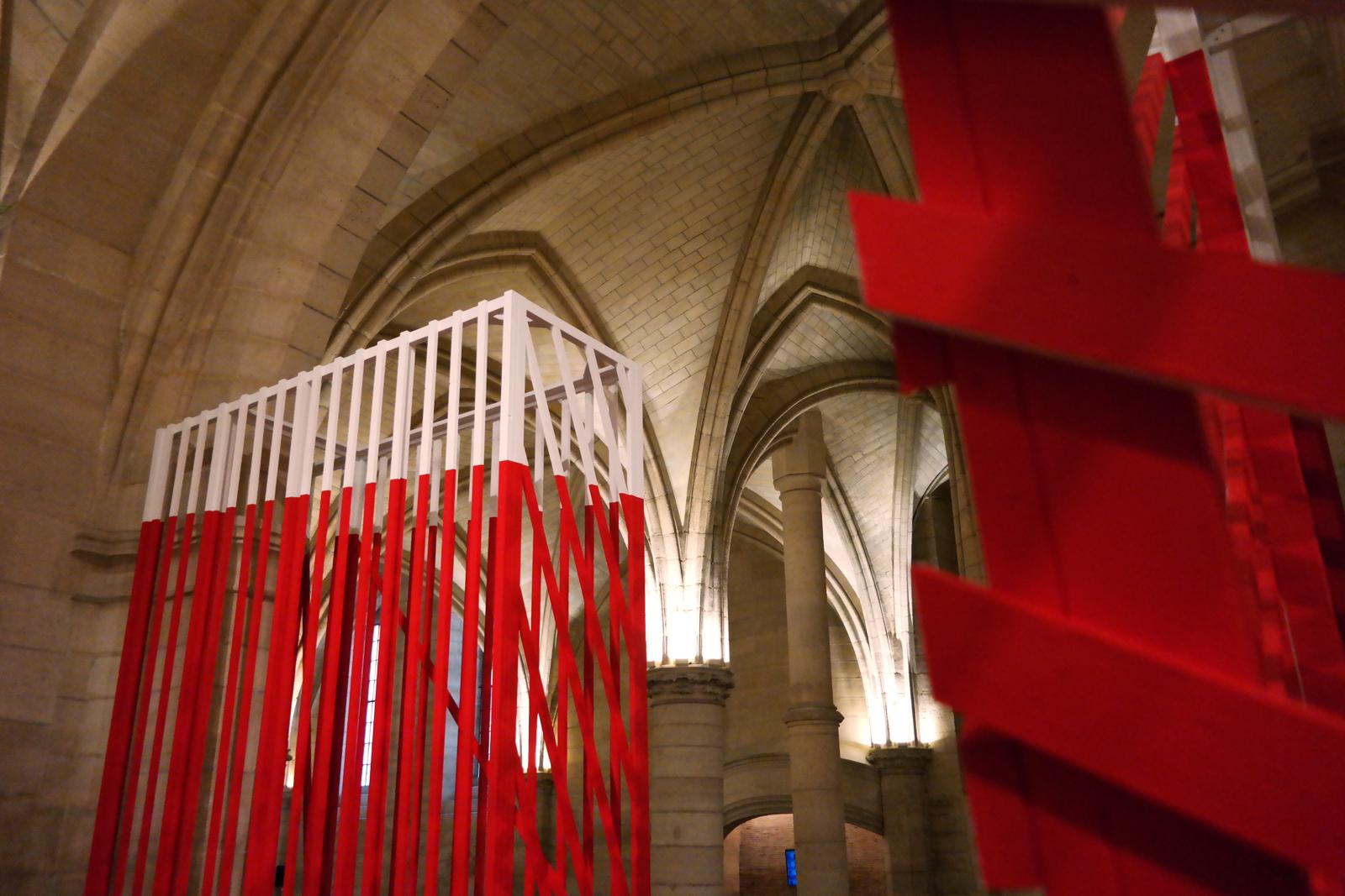 Paravents détails et voûtes installation de l artiste photographe plasticien Georges Rousse à la Conciergerie centre des monuments nationaux photo by united states of paris blog