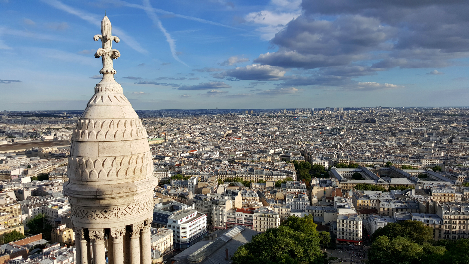 Vue depuis le dome sommet de la basilique du sacré coeur montmartre paris panoramic view of Basilica rooftop photo by usofparis blog