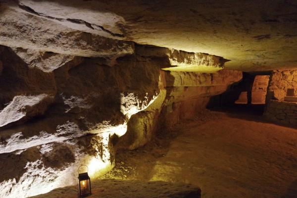 hydromel de paris Audric de campeau miel de paris histoire gastronomie vente catacombe pierre Photo by blog United States of paris