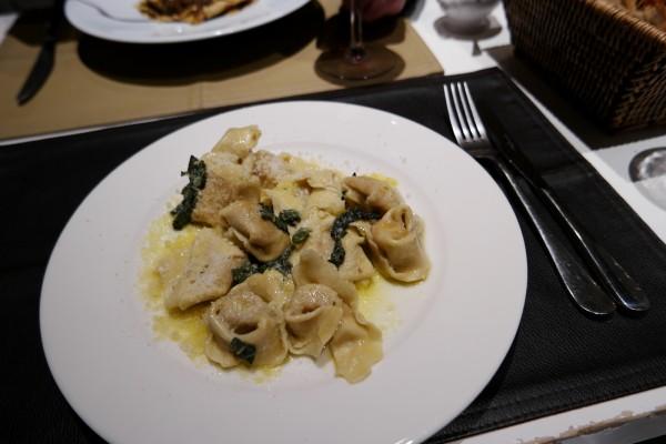 Oliva restaurant italien trattoria menu avis critique pasta fait maison Photo by blog United states of paris