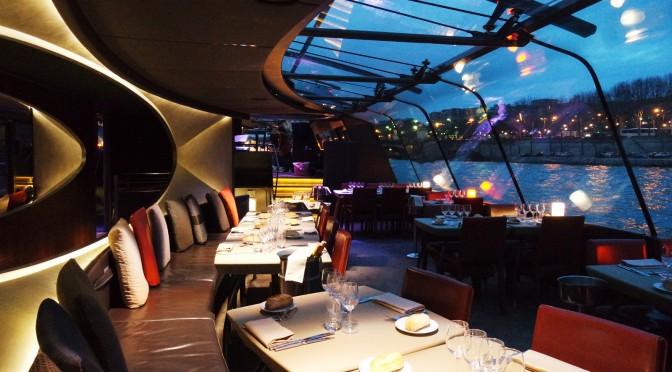 Lovely night sur la Seine en dîner-croisière avec les Bateaux Parisiens