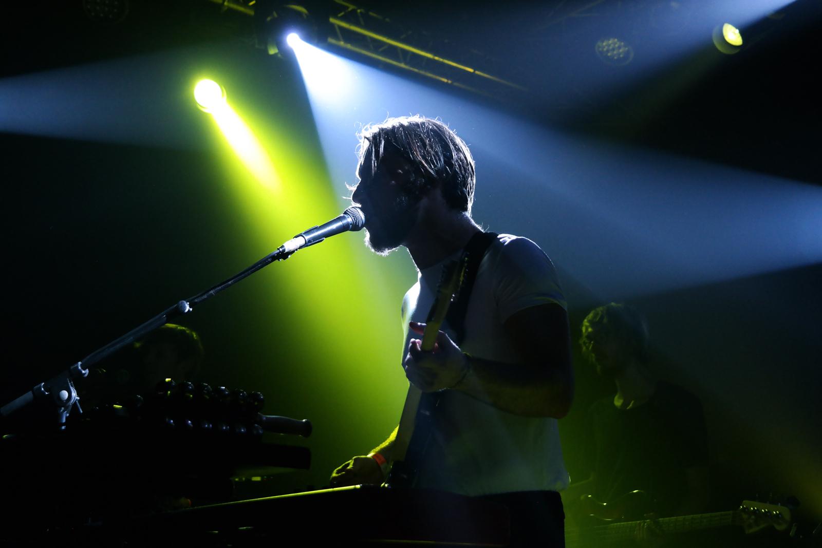 Samba de la muerte groupe concert live festival Printemps de Bourges 2016 Adrian Leprêtre à la guitare album Colors photo de scène usofparis blog