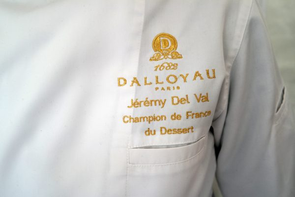 Dalloyau Paris Jérémy Del Val champion de France veste de patissier Dessert Rue du Bac sucré 2016 photo united states of paris blog