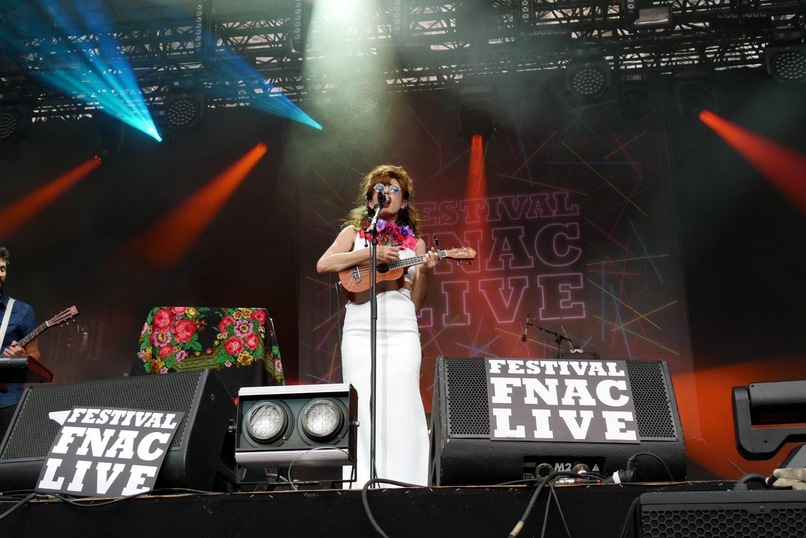 Lola marsh Yael Shoshana Cohen Fnac live 2016 scène musique report guitare photo by blog united states of paris