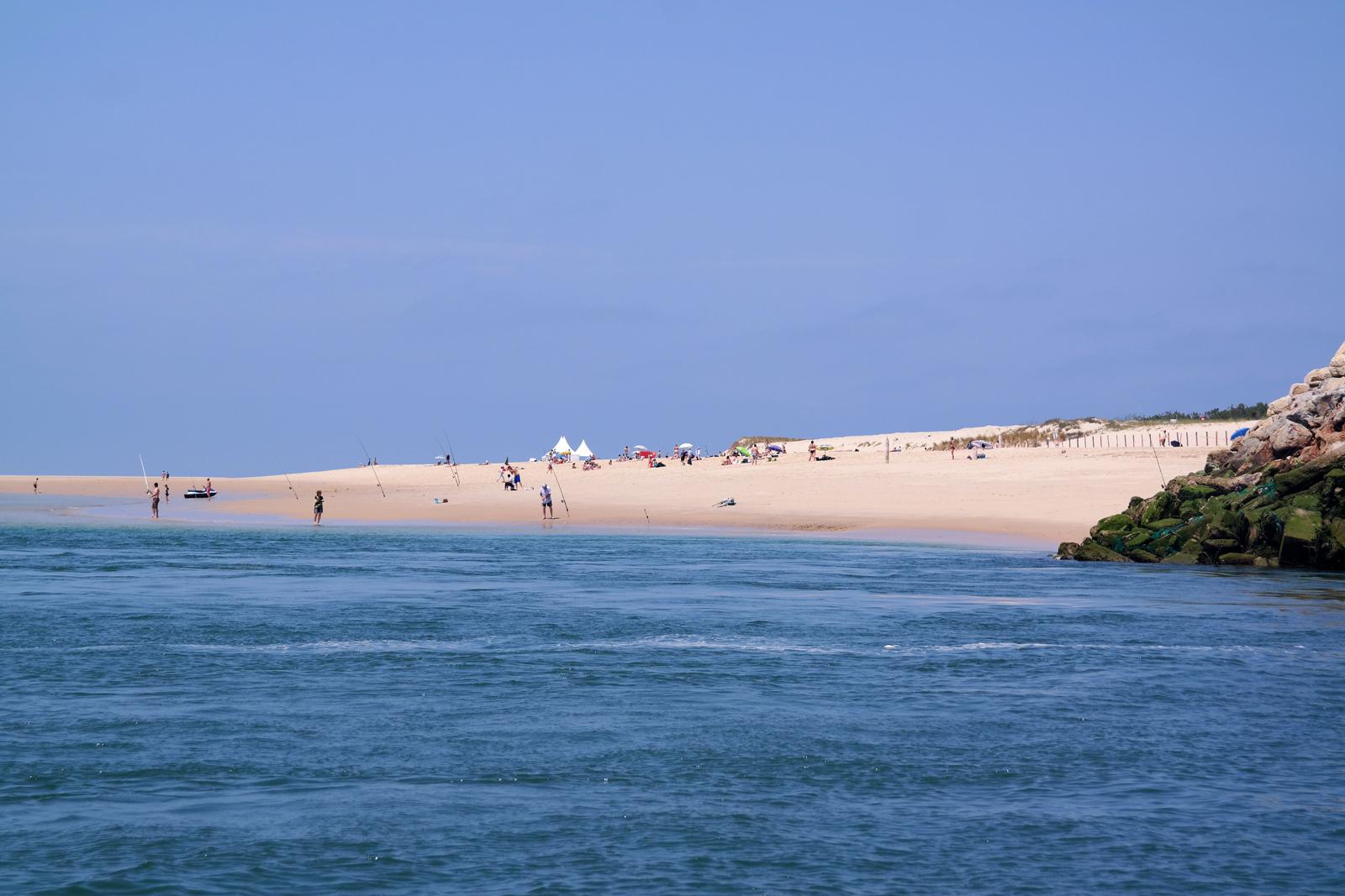 Pointe du Cap Ferret plage vue de bateau ostréiculteur Bassin d Arcachon vacances tourisme photo usofparis blog