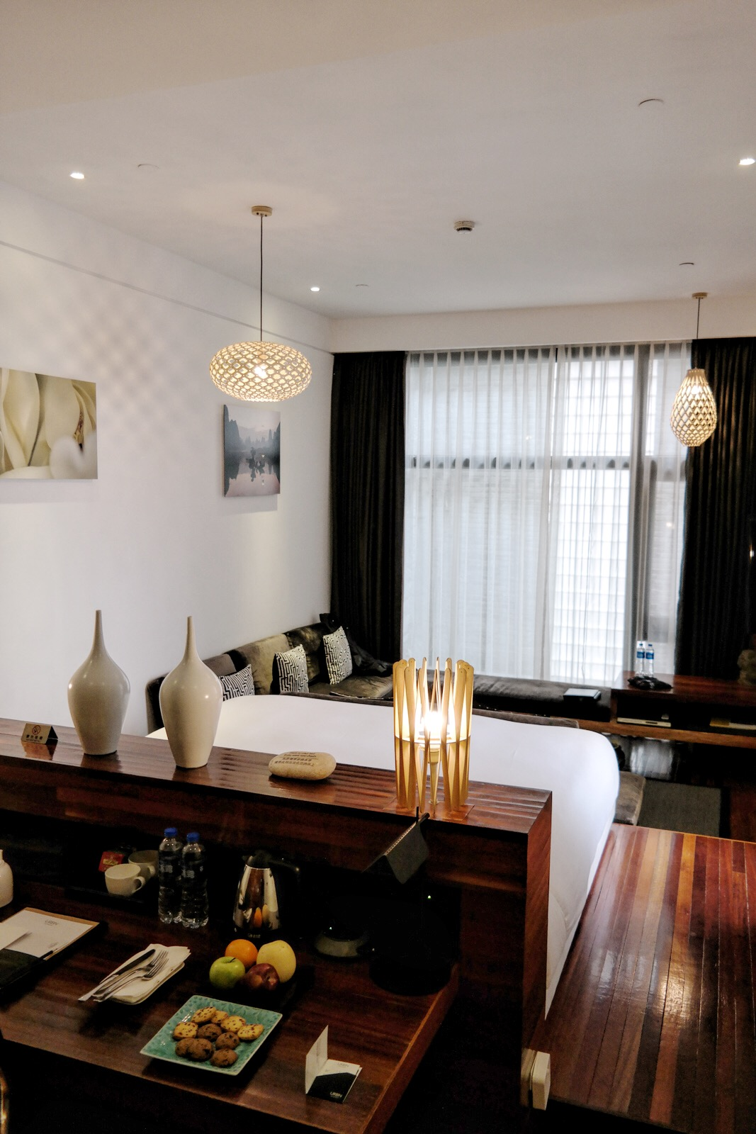 URBN Hotel Shanghai deluxe room bed design light eco chic comfort boutique hotel Tempting Places Jiaozhou Rd Jing'an district photo UsofParis travel blog