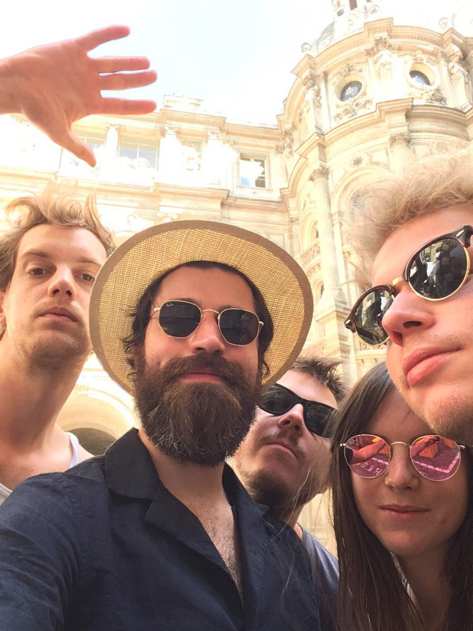 Balthazar selfie original du groupe musique festival Fnac Live 2016 Paris Maarten Devoldere Patricia Vanneste Jinte Deprez Simon Casier Michiel Balcaen photo exclu usofparis blog