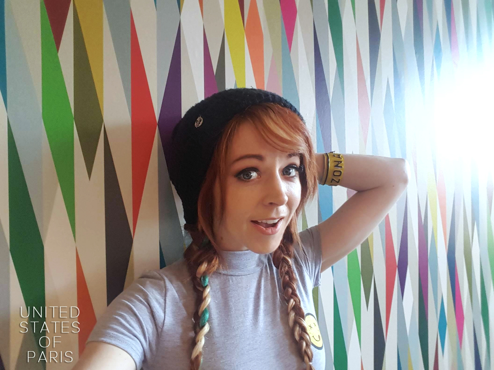 Lindsey Stirling selfie original exclusive for usofparis blog Brave enough new album © united states of paris