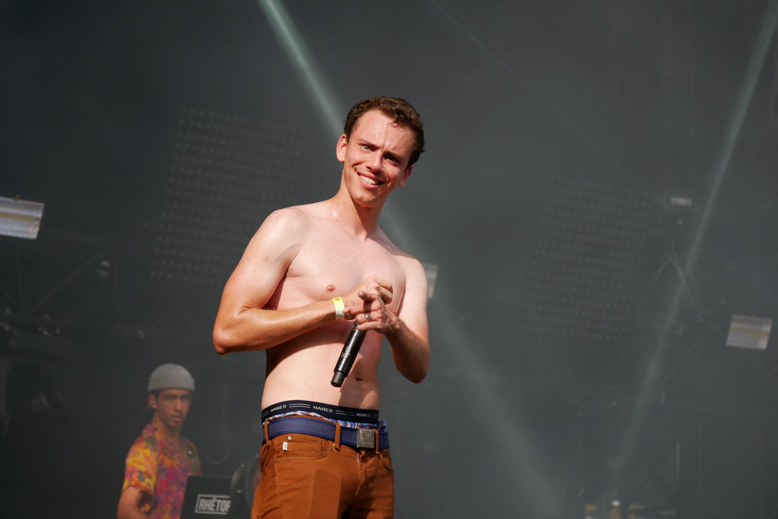 Logic smile live concert Rock en Seine 2016 festival logic301 Bobby Tarantino tour stage photo usofparis blog