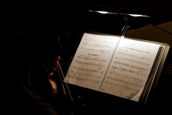 le-fantome-de-lopera-mogador-comedie-musicale-gaston-leroux-musique-coulisse-photo-by-united-states-of-paris