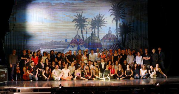 Toute l'équipe du Fantôme de l'opéra : artistique et administrative