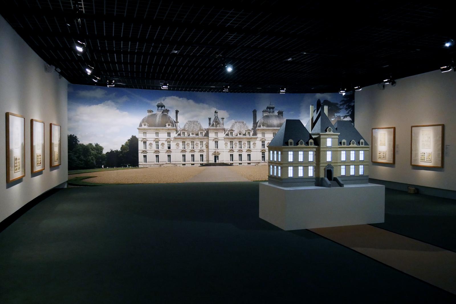 herge-grand-palais-paris-exposition-salle-une-famille-de-papier-replique-chateau-de-moulinsart