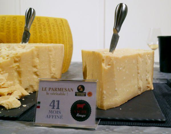 parmesan-41-mois-aop-vache-rouge-champagnes-de-vignerons-degustation-apero-avis-photo-by-blog-united-states-of-paris