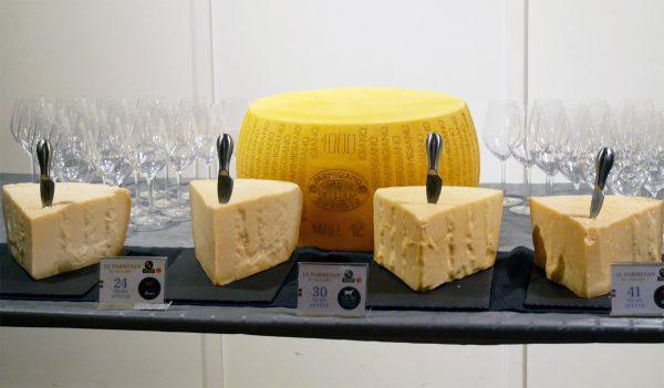 parmesan-champagnes-de-vignerons-idee-apero-avis-photo-by-blog-us-of-paris
