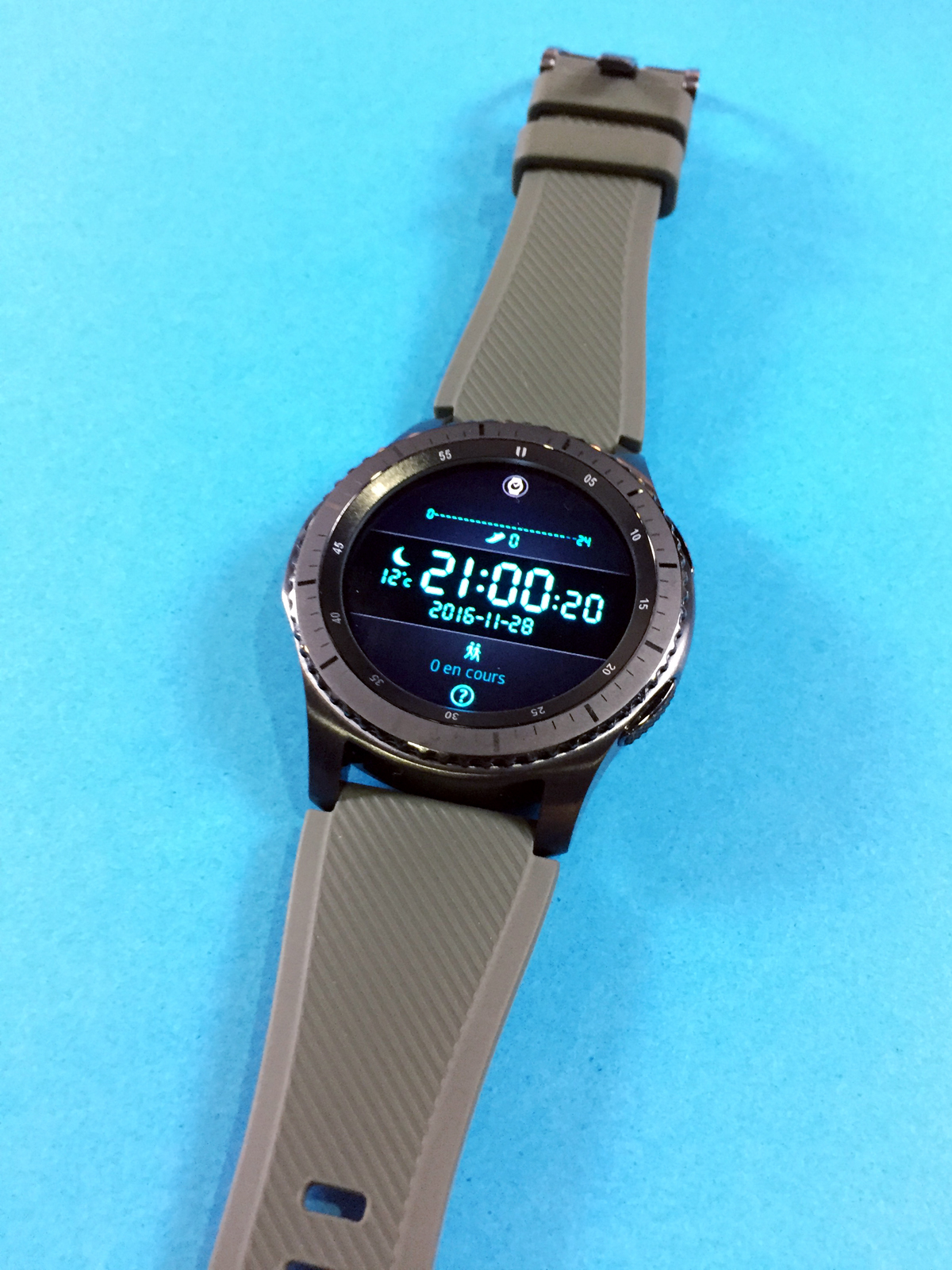 samsung-gear-s3-test-avix-pris-montre-connectee-photo-by-blog-united-states-of-paris