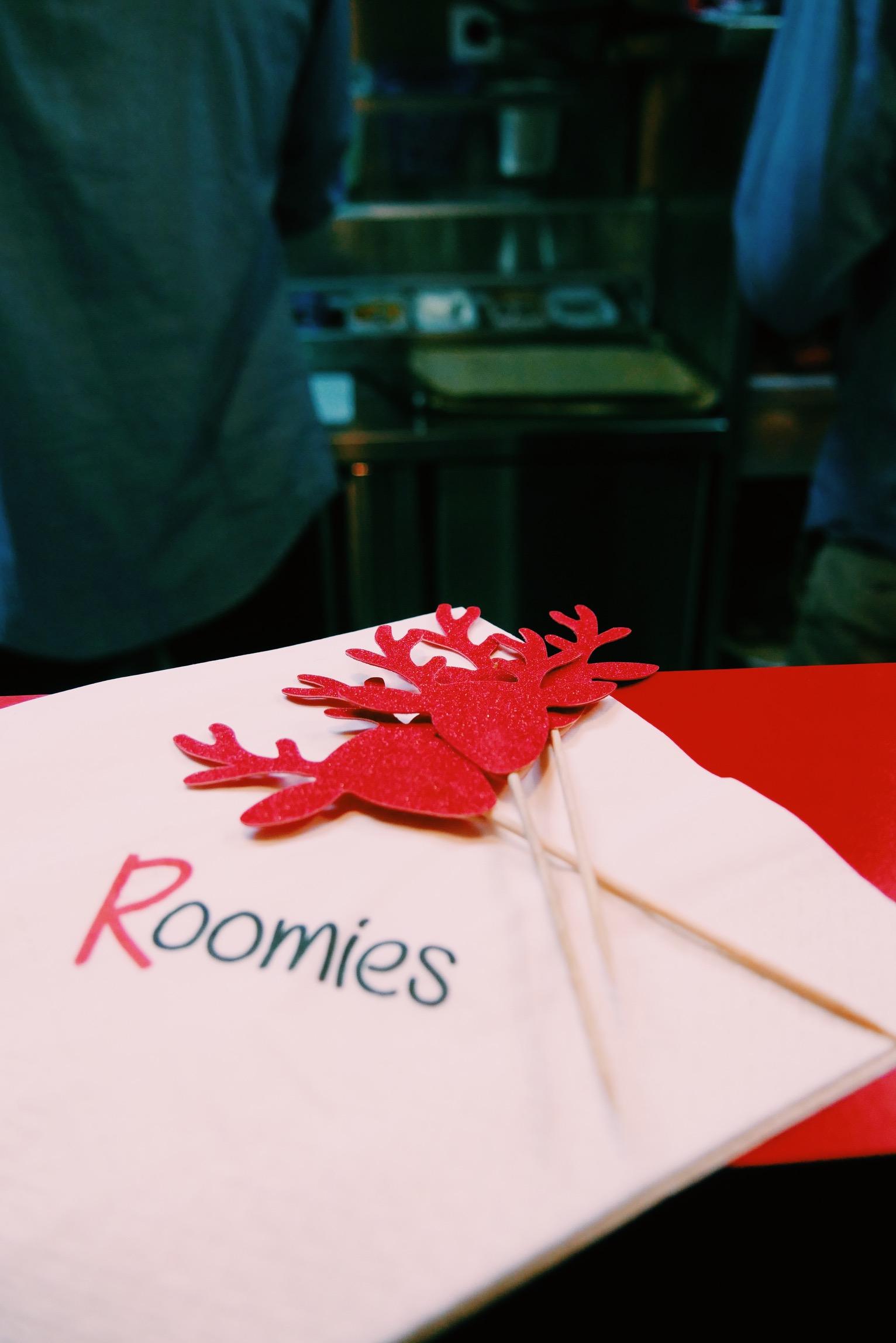 Roomies-burger-paris-carte-restaurant-miromesnil-photo-usofparis-blog