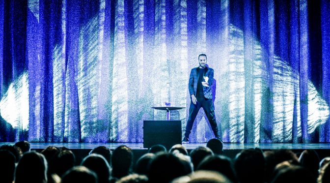 Kamel le magicien à Bobino : brillant, drôle, bluffant – reprise 2018