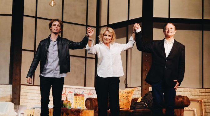 Pourvu qu'il soit heureux : l'audace de Laurent Ruquier au Théâtre Antoine